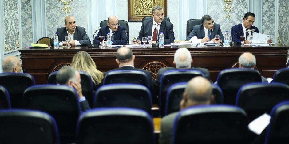 لجنة الصحة بالبرلمان توافق نهائيا على مشروع قانون التأمين الصحي الشامل