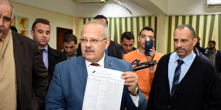 رئيس جامعة القاهرة : الانتخابات الطلابية تتم بديمقراطية دون أي تدخلات (صور)