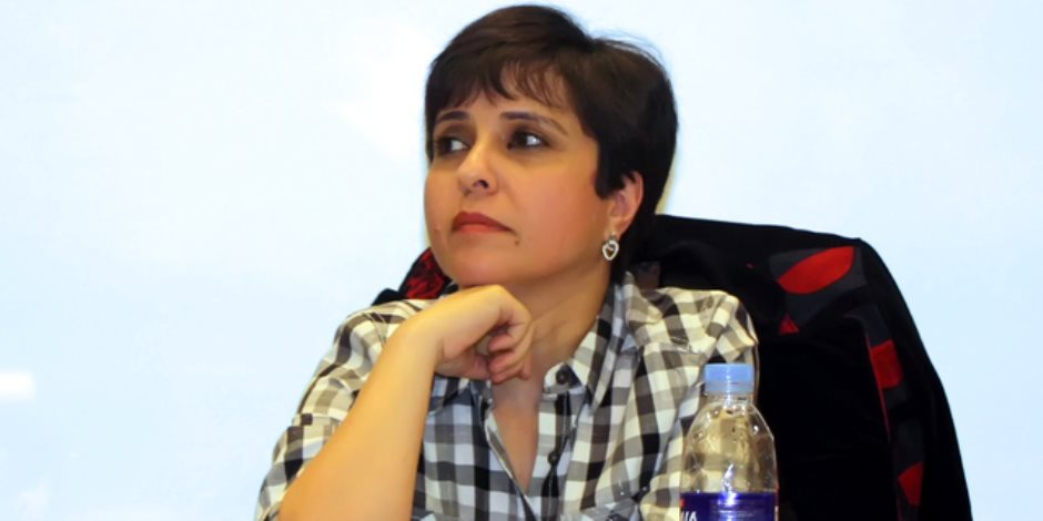 كاتبة فلسطنية تفوز بجائزة نجيب محفوظ للأدب من الجامعة الأمريكية