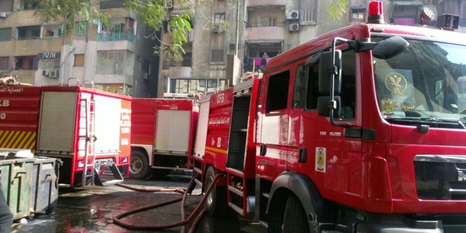 الحماية المدنية تحاول السيطرة على حريق مخزن كابلات باب الشعرية (صور)
