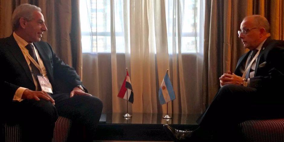 قابيل يلتقى وزير الخارجية الأرجنتينى على هامش أعمال مؤتمر منظمة التجارة العالمية