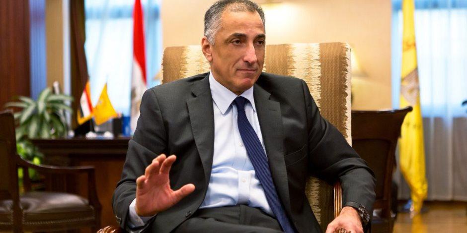 محافظ البنك المركزي يعود للقاهرة بعد اجتماع في صندوق النقد