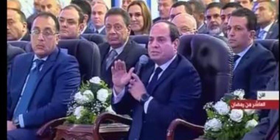 """السيسى لوزير النقل: """"الجارحى مش هيديك فلوس"""".. و""""عرفات"""": هنتصدى لمشاكلنا"""
