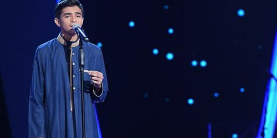"""مطرب """"ذا فويس"""" يشارك بأغاني وطنية في مؤتمر دعم السيسي ببني سويف (صور)"""
