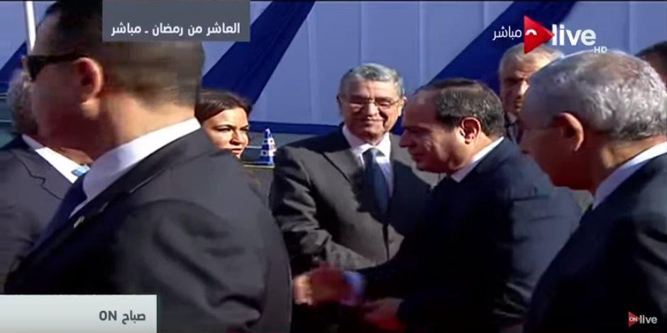 الرئيس السيسي يصل العاشر من رمضان لافتتاح عدد من المشروعات القومية