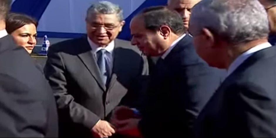 الرئيس السيسي يفتتح مشروعات قومية في العاشر من رمضان (بث مباشر)