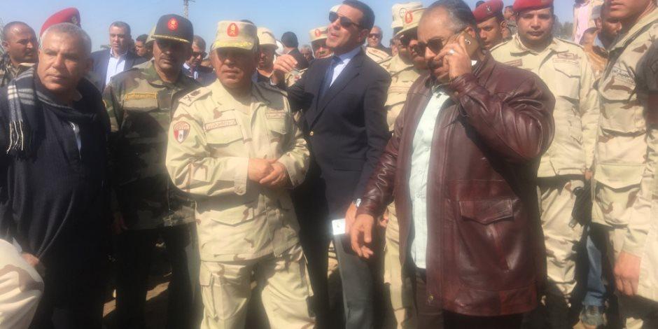 كامل الوزير: الرئيس وجه بتعويض الأهالي عن نزع أراضيهم لاستكمال محور طما- البداري
