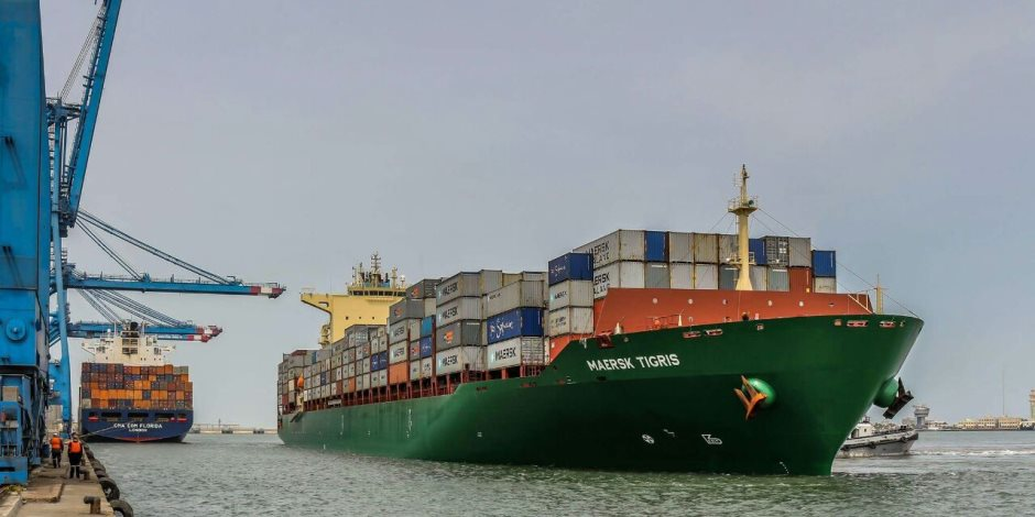 نسبة الزيادة 14%.. تعرف على أداء مؤشرات التجارة الخارجية غير البترولية خلال 7 أشهر