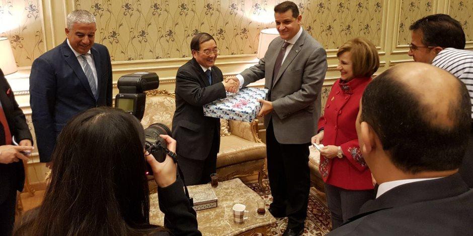 """السفير الصيني لـ """"خارجية البرلمان"""": مصر شريك مهم في منطقة الشرق الأوسط (صور)"""