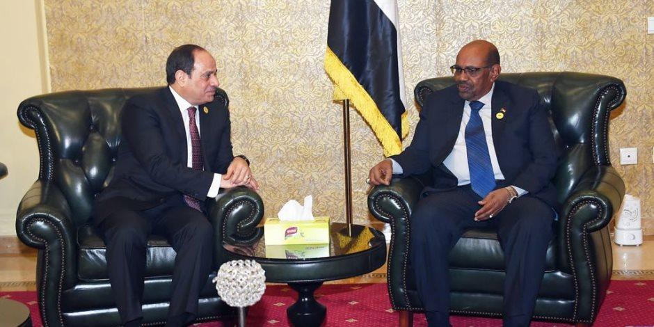 الرئاسة: السيسي يستقبل الإثنين عمر البشير في القاهرة