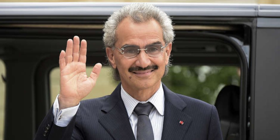 أول لقاء مع الأمير الوليد بن طلال بعد الإفراج عنه.. ماذا قال؟ (فيديو)