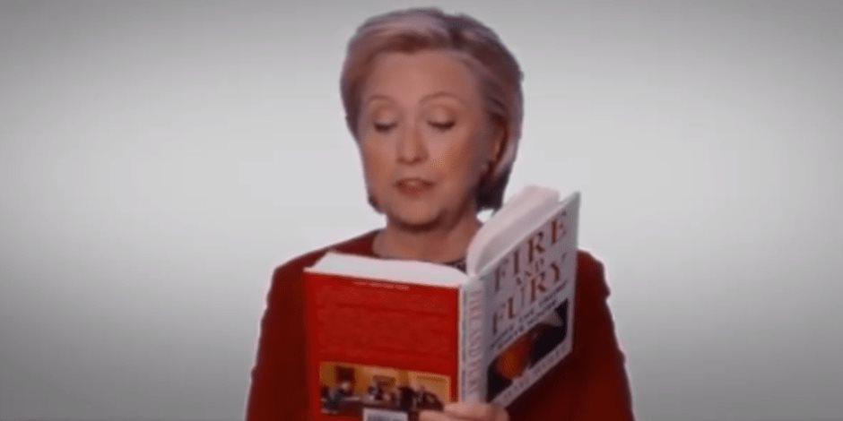 """""""كيد النسا"""".. هيلاري تقرأ كتاب فضائح ترامب في حفل جوائز جرامي.. ونيكي تدافع عن رئيسها"""