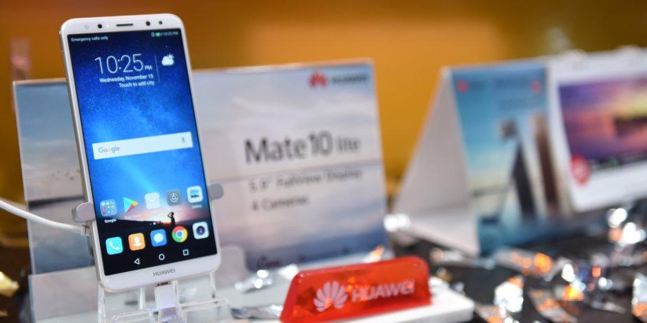 هواوي Mate 10 Lite يستقبل تحديث يغير شكل الهاتف تماما.. التفاصيل