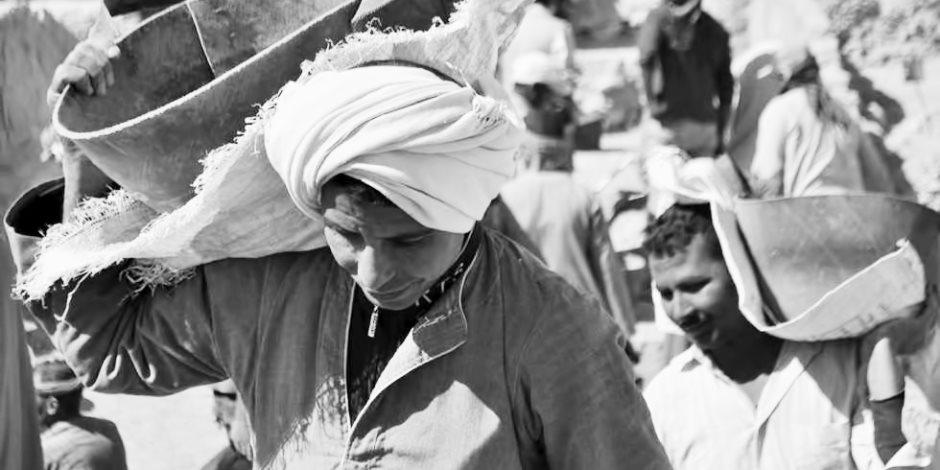 العمالة المصرية على مشارف ليبيا..الغرف تناقش فرص إعادة الإعمار في بنغازي