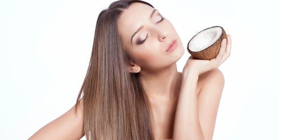 تشقق الشفاه وترطيب الجلد أبرزها.. تعرف على فوائد جوز الهند