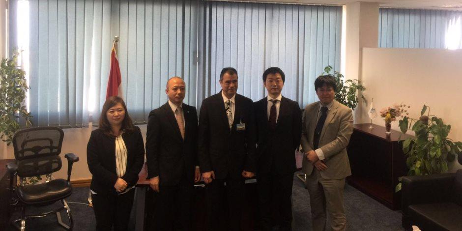 سفير اليابان ووفد الجايكا يتفقدان مبني الركاب الجديد بمطار برج العرب
