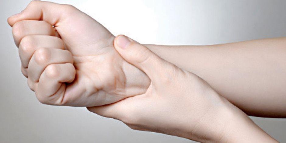هل تعاني من ضعف الأعصاب؟.. تعرف على نظام العلاج المناسب (فيديو جراف)