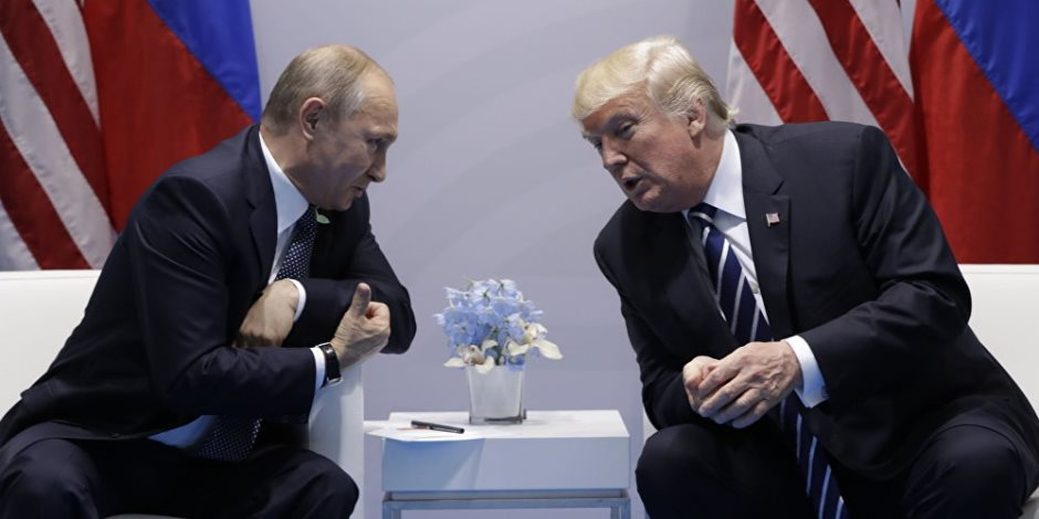 لا تحدثني عن الحريات في زمن الحرب الباردة.. أمريكا وروسيا «قالوا للحرامي أحلف»