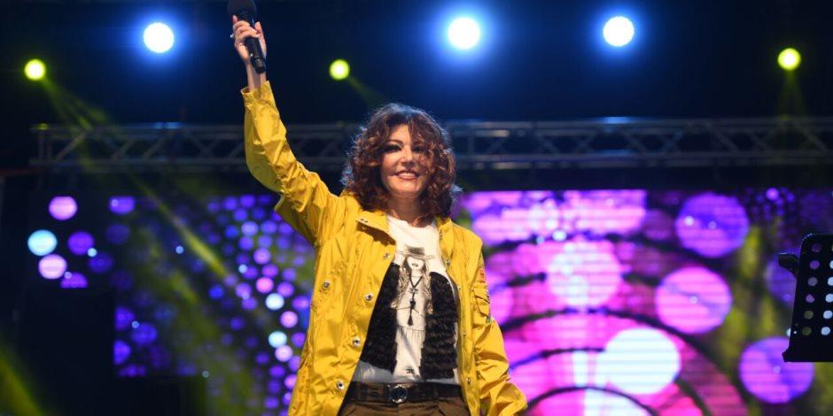 """سميرة سعيد تشعل حفل اليوم العالمي للمرأة في """"الأزهر بارك"""" (صور)"""