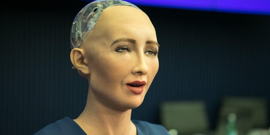ما هي نسخة مصر من الروبوت صوفيا... تعرف على التفاصيل؟