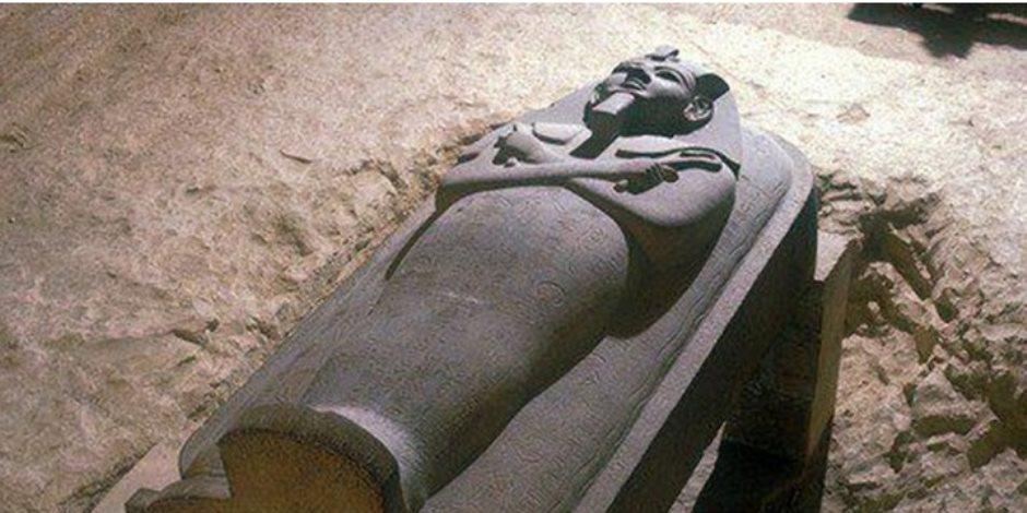 سر تهريب التابوت الأثري من مطار القاهرة للكويت (القصة الكاملة)