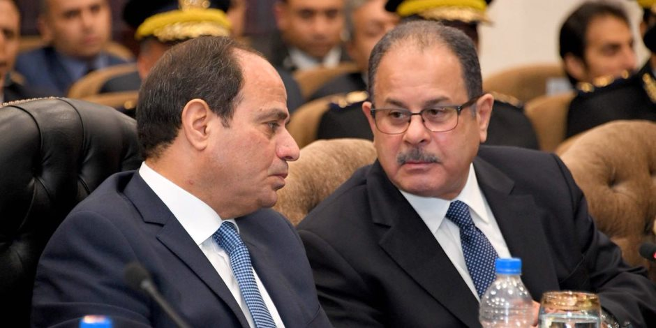 هذا ما شاهده الرئيس عبدالفتاح السيسي عن جهود الداخلية في 4 أعوام (فيديو)