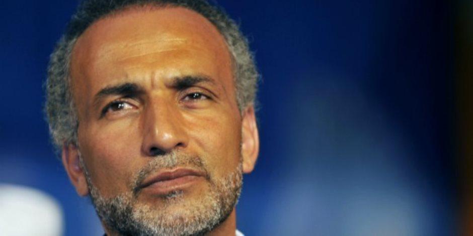 أدلة الاغتصاب تحاصر حفيد «البنا».. أسوار سجون فرنسا تعلوا أمام طارق رمضان