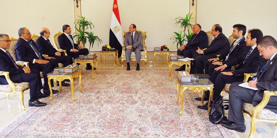 السيسي يستقبل وزير خارجية الإمارات: مصر حريصة على الارتقاء بالعلاقات بين الدولتين