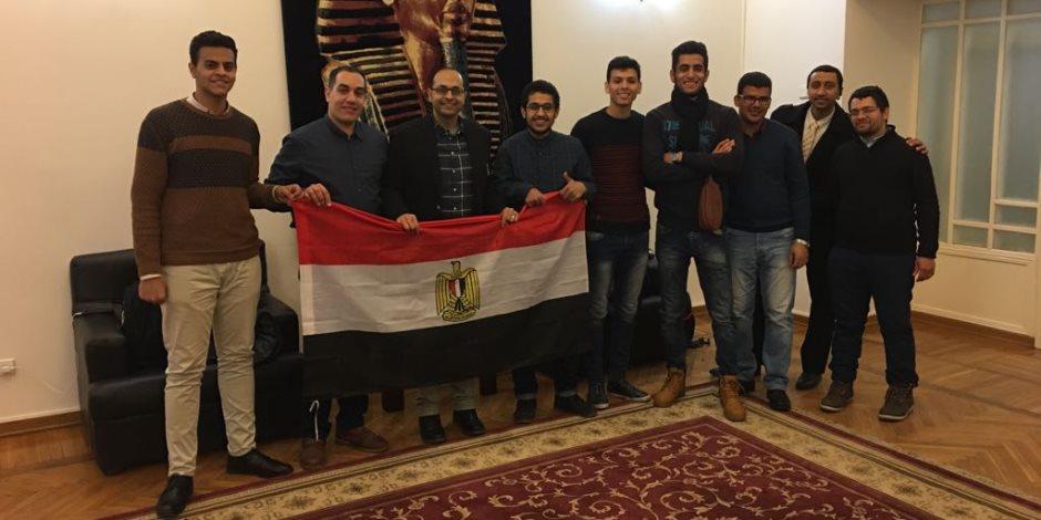 احتفالات للمصريين في البحرين بعد انتهاء التصويت بالانتخابات الرئاسية