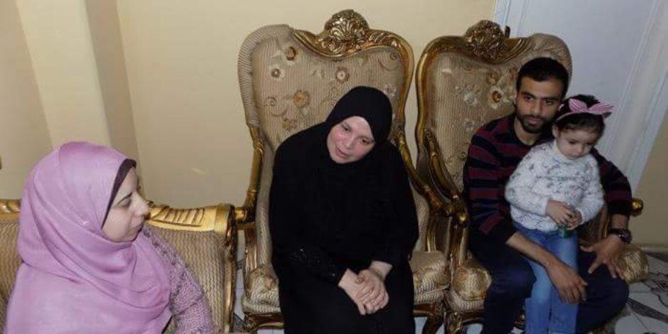 الأم المثالية بالبحيرة: لم أتوقع الفوز باللقب وأدعو المصريين بالمشاركة في الانتخابات الرئاسية