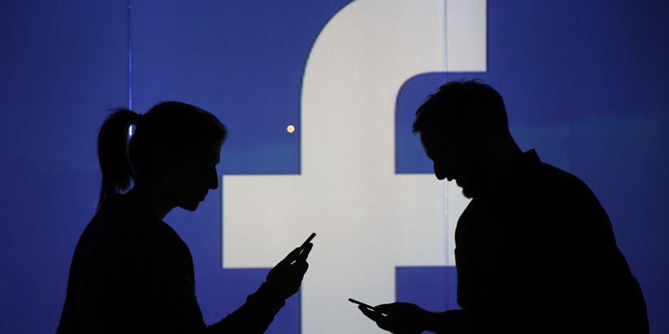 كمال يبوست ومنال تتشات.. فيسبوك «المحافظين الجدد» يكشف الأسرار (صور)