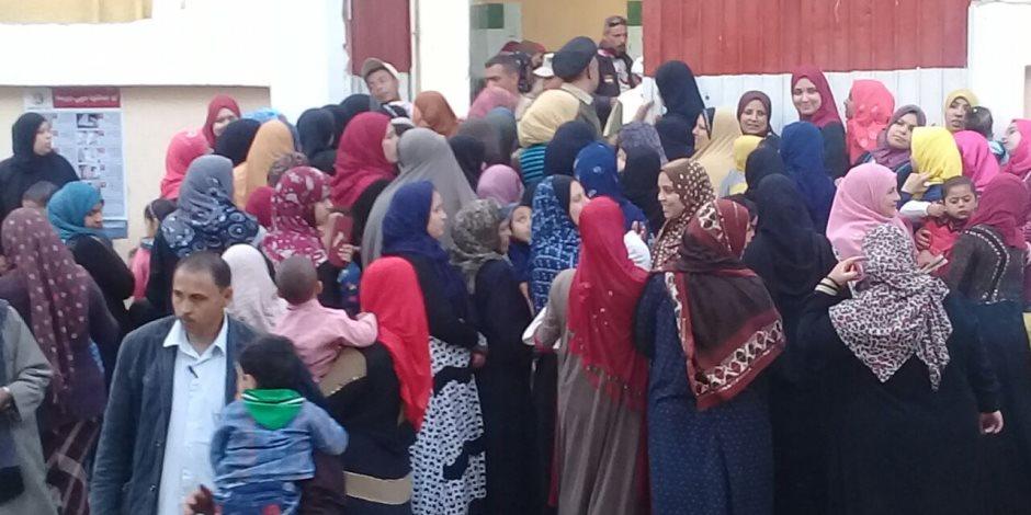 تزايد أعداد الناخبين بمركز أولاد صقر في الشرقية