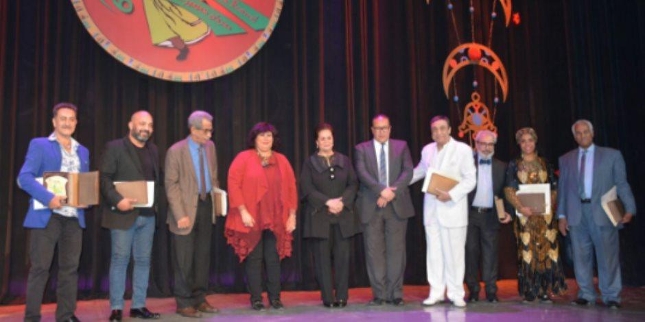 دمنهور الشاهد على تكريم وزارة الثقافة لرموز الفنون الشعبية (صور)