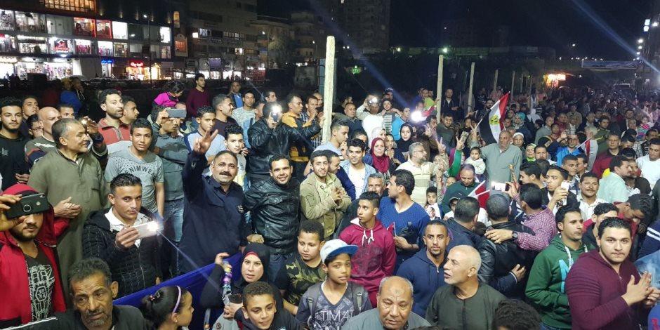 """""""ميدان الدقى"""" يحتفل بفوز السيسي فى انتخابات الرئاسة (صور)"""