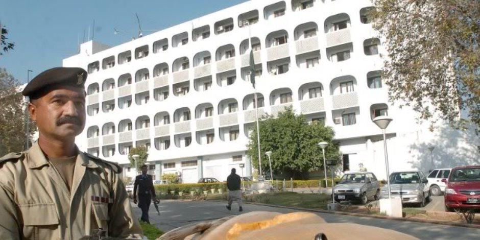 الطائفة الأحمدية تكشف استبعادها من كشوف الناخبين في باكستان