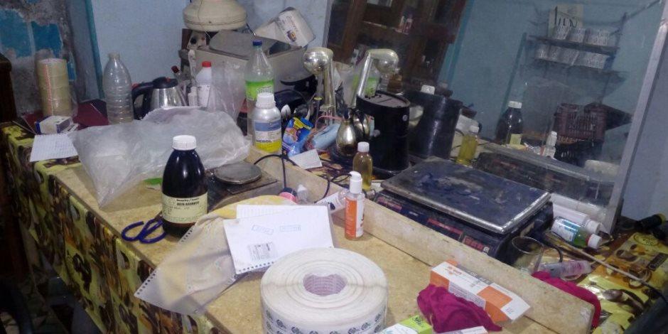 تفاصيل القبض على أخطر عصابة لتصنيع أدوية بشرية بدون ترخيص بالشرقية (صور)