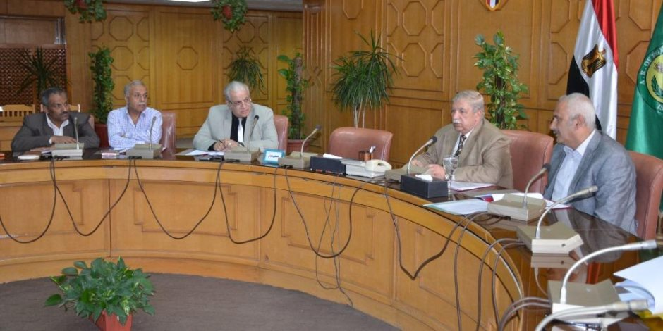 محافظ الإسماعيلية :إضافة 16 فصل دراسي جديد بالمدرسة الدولية بالمجمع التعليمي