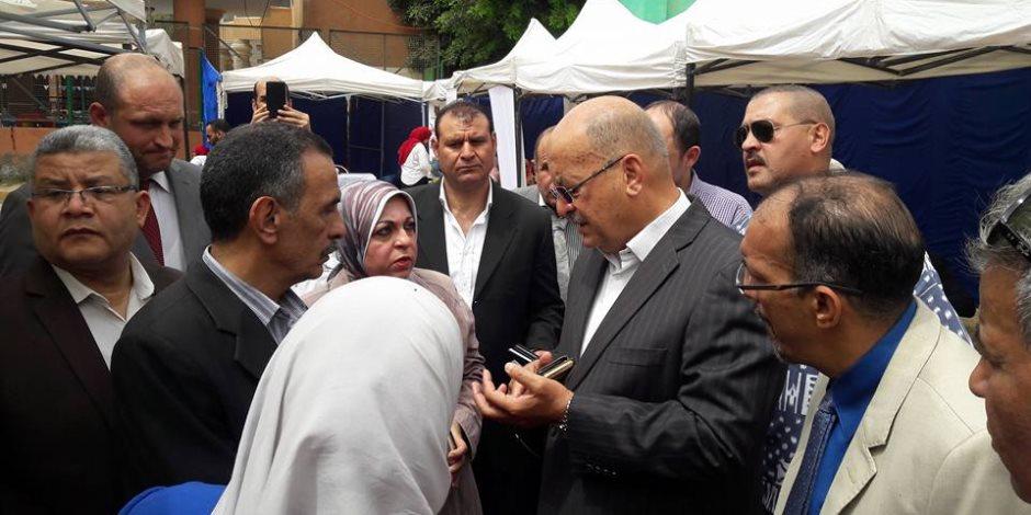 نائب محافظ الجيزة يتفقد الملتقى التوظيفي لـ7230 شاب في الهرم (صور)