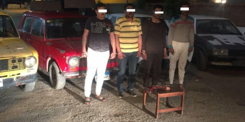 أمن الغربية يعيد السيارات المسروقة لأصحابها ويضبط المتهمين (صور)