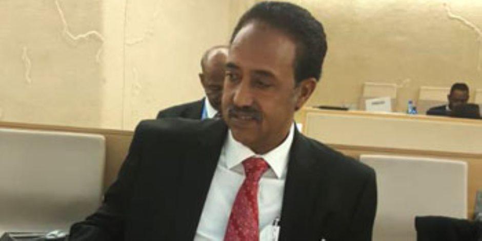 وزير العدل السودانى وخبير أممى يبحثان تطورات أوضاع حقوق الإنسان
