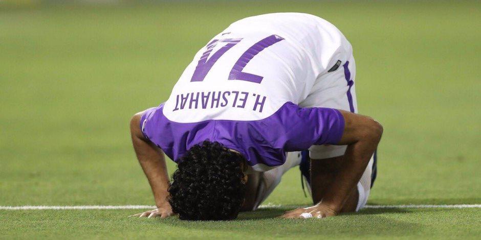 حسين الشحات يتوج بجائزة لاعب العام فى الإمارات