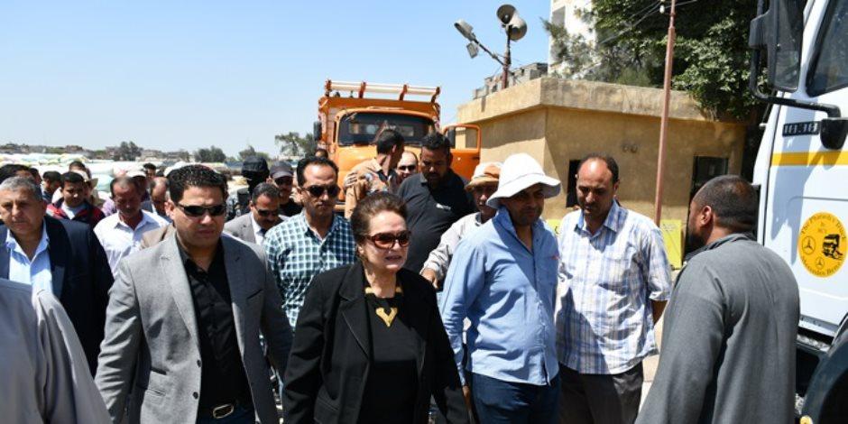 نادية عبده: توريد 16 ألف طن قمح لشون وصوامع محافظة البحيرة ( صور)
