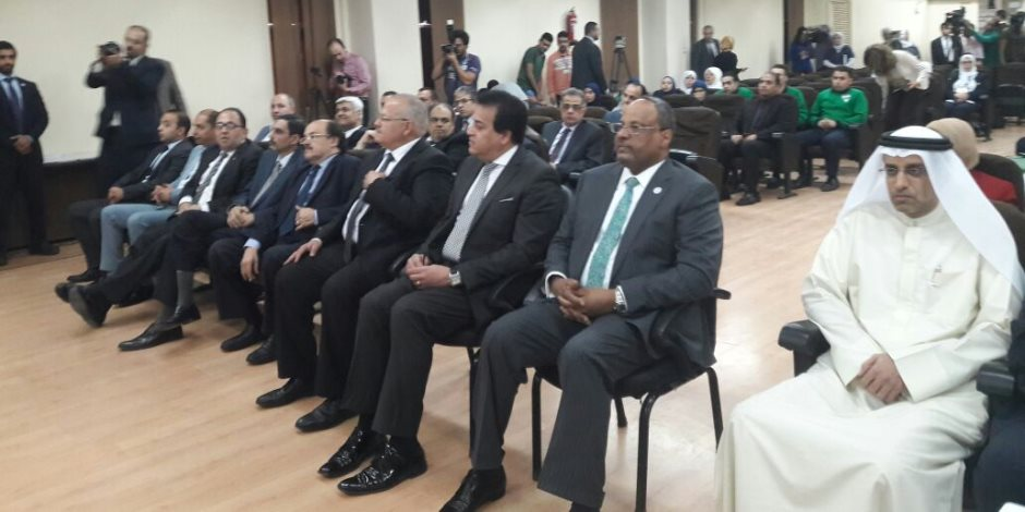 قصر العيني : أبو الريش مثل محمد صلاح