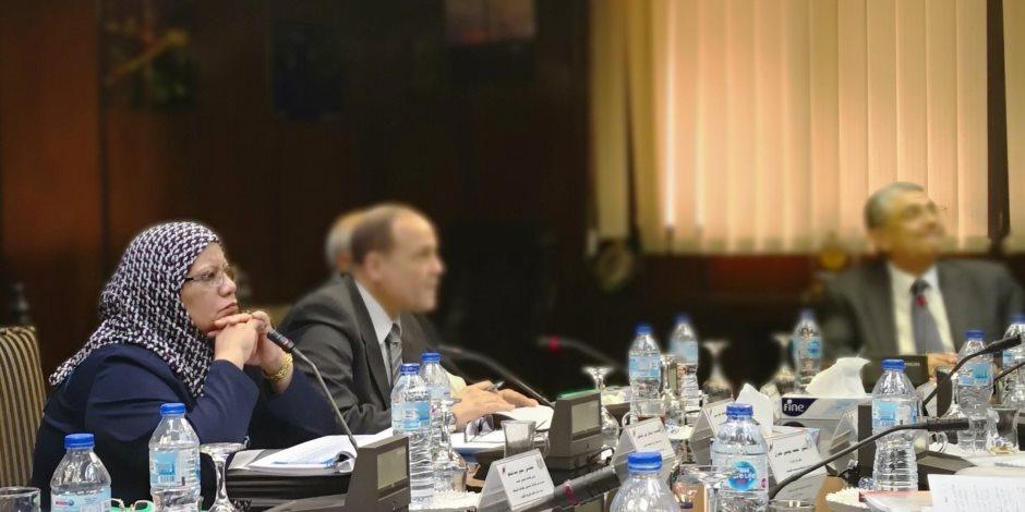 وزير الكهرباء يتابع خطة تطوير شركة جنوب الدلتا