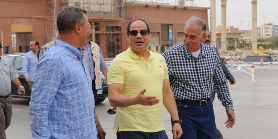 السيسي: سعادتي بالغة بالتطوير الذي تم في طريق «القاهرة- العين السخنة»