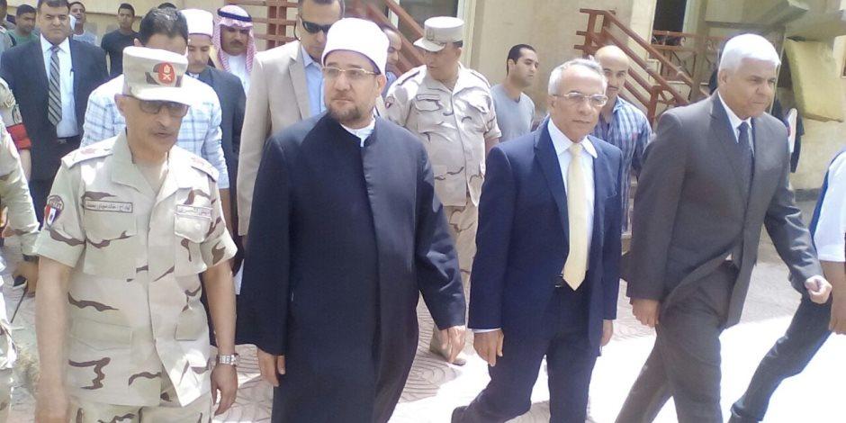 وزير الأوقاف من العريش: نصر المؤمنين قضية إيمانية والتستر على الإرهابيين خيانة للوطن (صور)