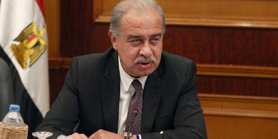 شريف إسماعيل يلتقى رئيس الأرصاد الجوية لاستعراض آخر توقعات حالة الطقس