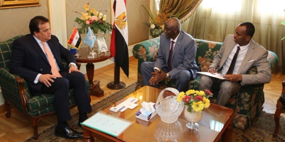 وزير التعليم العالي يبحث سبل تيسير الإجراءات على الطلاب الصوماليين الدارسين في مصر