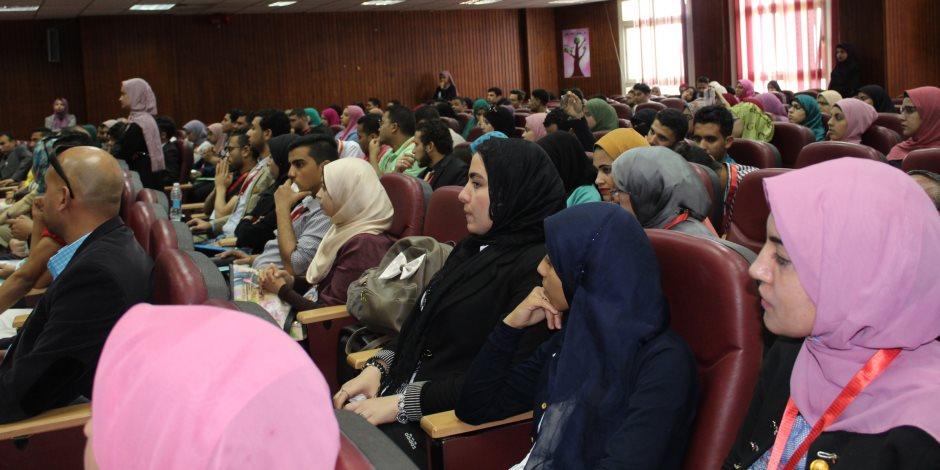 «مجابهة الفكر المتطرف».. ندوة بجامعة المنصورة (صور)