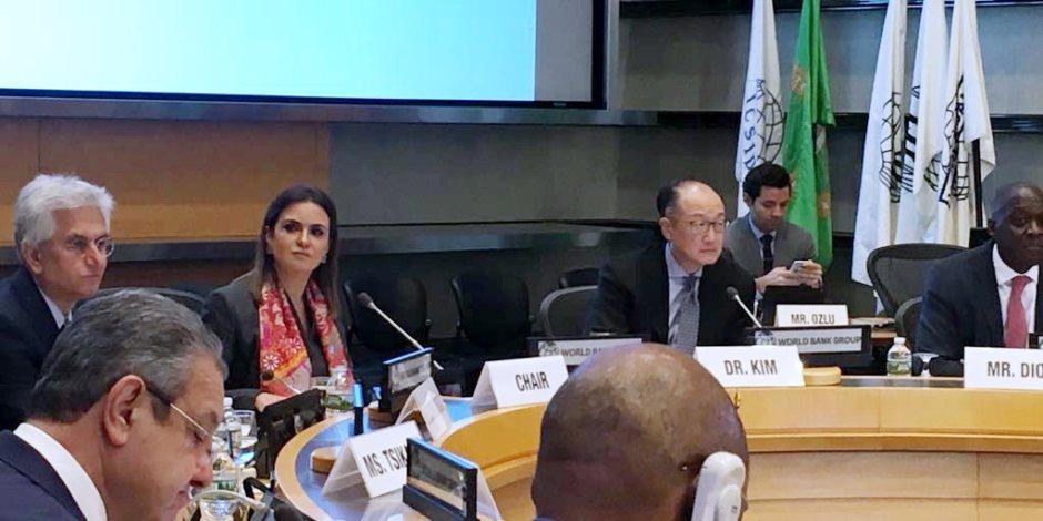 سحر نصر تبحث مع رئيس مجموعة البنك الدولى دعم إعمار سيناء (صور وفيديو)